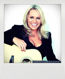 Beccy Cole - Lazy Sunday Session + special guest Libby O'Donovan